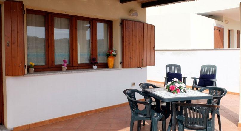 Apartment F6 Rena Majore